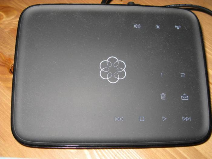 Ooma Telo VoIP System Review - Functions Like a Landline While Saving You Money