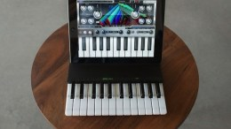 C24 iPad Two Octave Keyboard and Cover Launches Kickstarter
