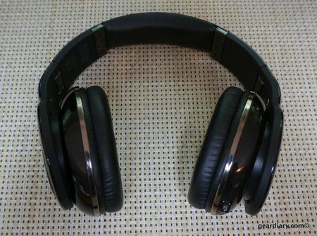 Scosche RH1060 Bluetooth Headphones