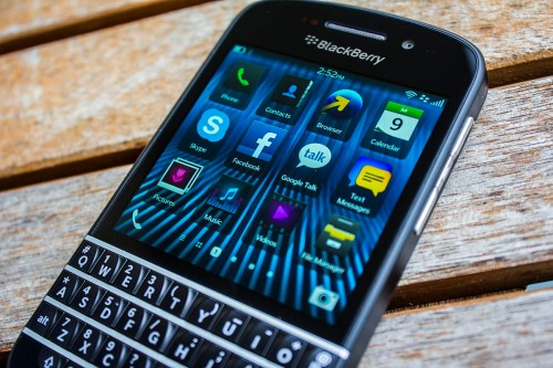 GearDiary BlackBerry Q10 Review - The Return of the QWERTY King