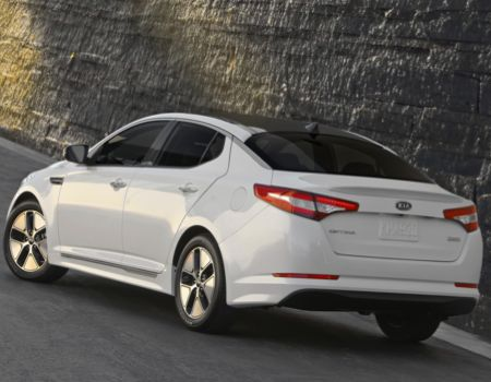 2013 Kia Optima Hybrid Update Shows What a Difference a Year Can Make