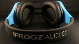 What's Light and Blue and Has No Cord? Checking Out iFrogz Colorful Coda Forte Bluetooth Headphones