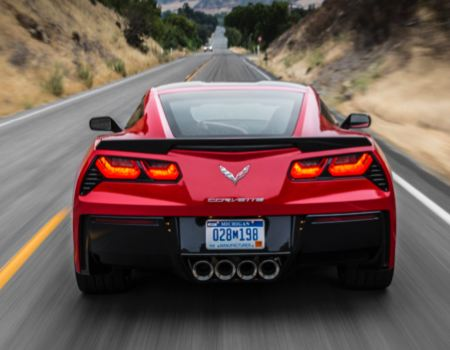 2014 Chevrolet Corvette Stingray is Next-Generation Auld Lang Syne