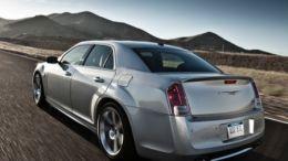 2013 Chrysler 300 SRT8 Is Hard 'Core'