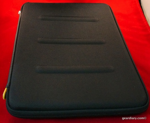 """GearDiary Use an 11"""" MacBook air? Check out the booq Viper hardcase 11"""