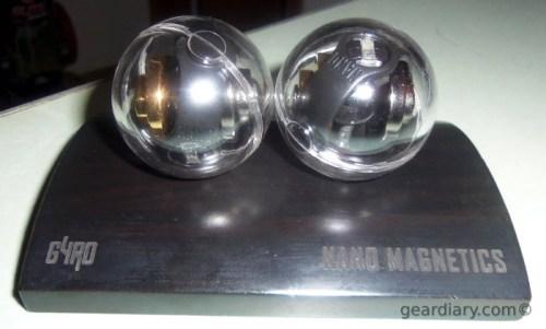 Nanodots Gyro Duo Magnetic Toys - Gyros