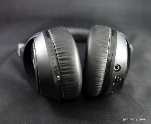 13 Gear Diary Audio Technica ATH ANC70 Feb 8 2014 10 56 AM 23