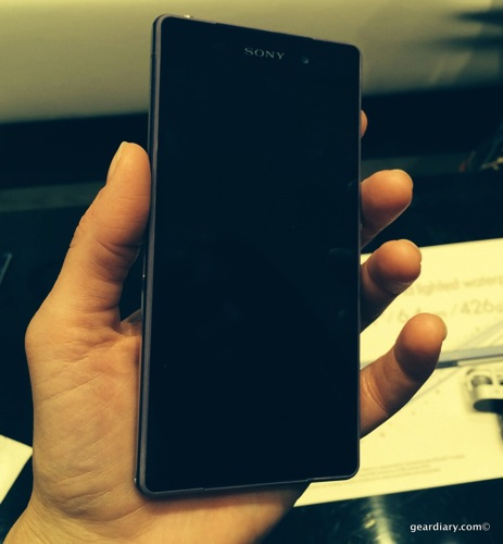 Sony Xperia M2 Hands-On