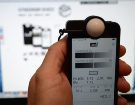 Luxi Turns Your iPhone into a Professional Light Meter