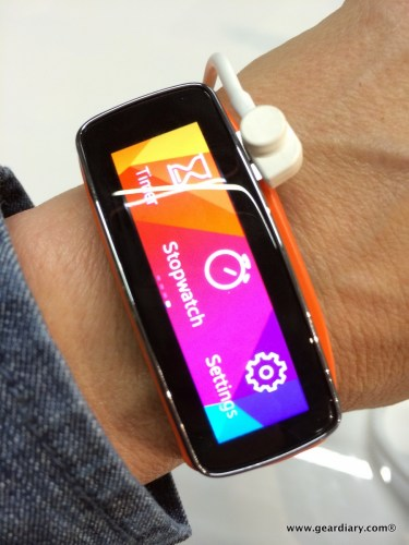 Samsung's Gear 2 and Gear Fit Take Fitness Bands to a Whole New Level  Samsung's Gear 2 and Gear Fit Take Fitness Bands to a Whole New Level