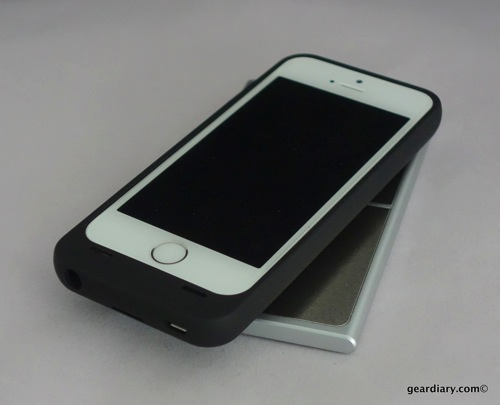 UNU AERO Series Wireless Charging Battery Case for iPhone 5S  UNU AERO Series Wireless Charging Battery Case for iPhone 5S