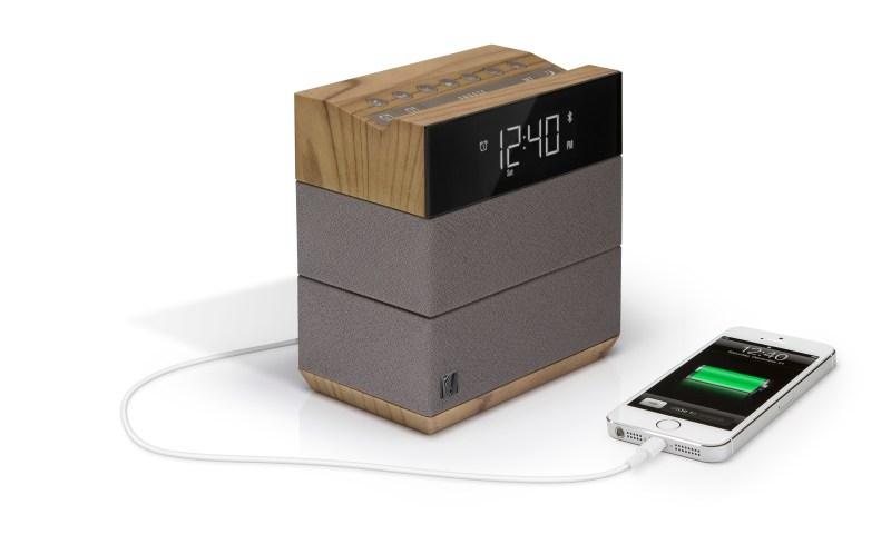 SFQ-08WT Sound Rise Studio Clipped HI QTR LFT iPhone