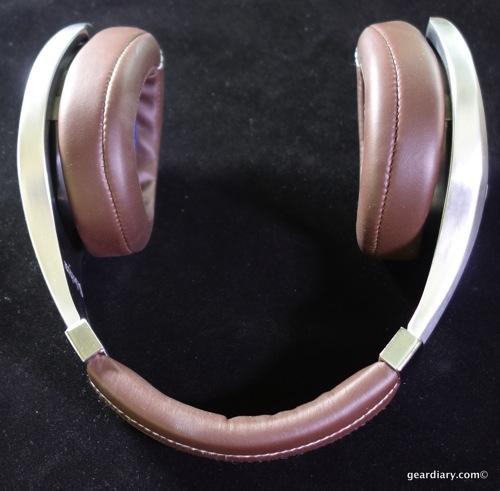 18 Gear Diary Velodyne vTrue Headphones May 23 2014 5 02 PM 53
