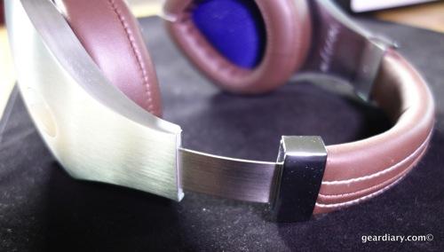 19 Gear Diary Velodyne vTrue Headphones May 23 2014 5 03 PM 07