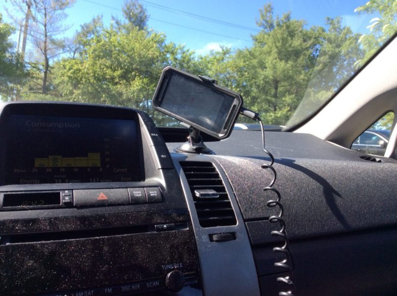 GearDiary iBolt SPro2 Connect and MiniPro Connect Car Mount Review