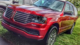 2015 Lincoln Navigator Gets Upgrades...and Knobs