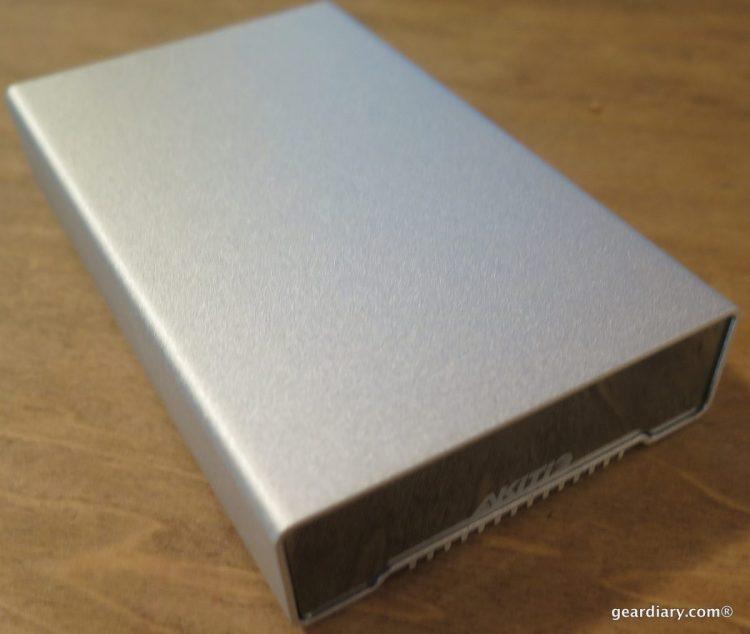 Gear Diary Reviews the AKiTiO NEUTRINO Thunderbolt Edition 512GB SSD Portable Drive-005