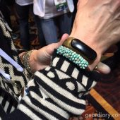 The Mira Is Fashionable, Practical, and Personalized Fitness Tracking