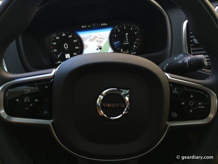 2016 Volvo XC90 T6 Test Drive.00-002