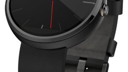 Google Surprises Everyone with Android Wear on iOS