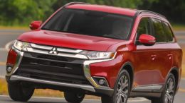 2016 Mitsubishi Outlander CUV: Better in More Than 100 Ways