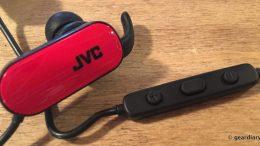JVC HA-EBT5 In-Ear Headphones: Wireless, Splashproof and Perfect for Active Moms