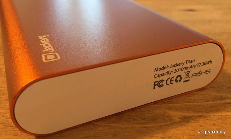 7-Jackery Titan 21000 mah portable battery-006