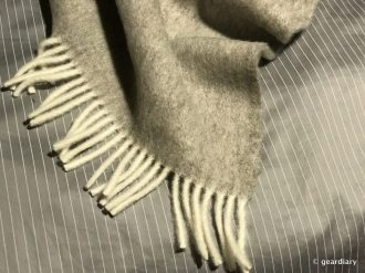 09-brooklinen-wool-blankets-and-candles-008