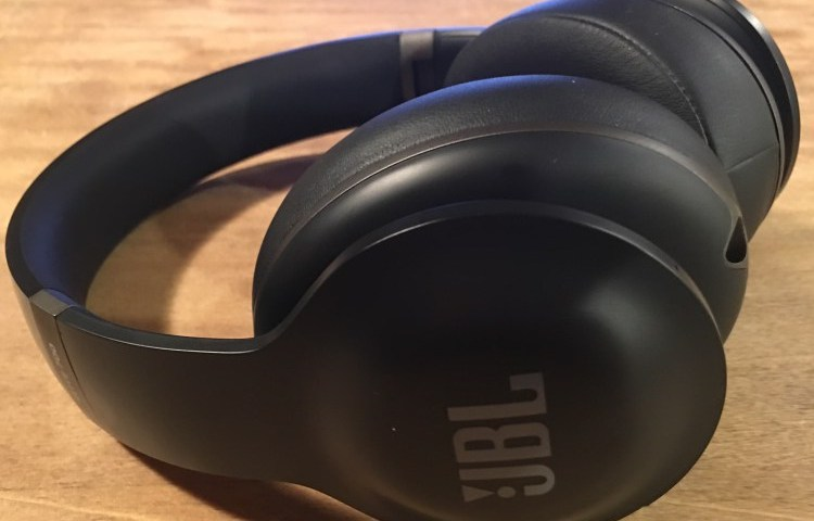 27-gear-diary-reviews-the-jbl-everest-elite700-wireless-headphones-with-active-noise-canceling-26