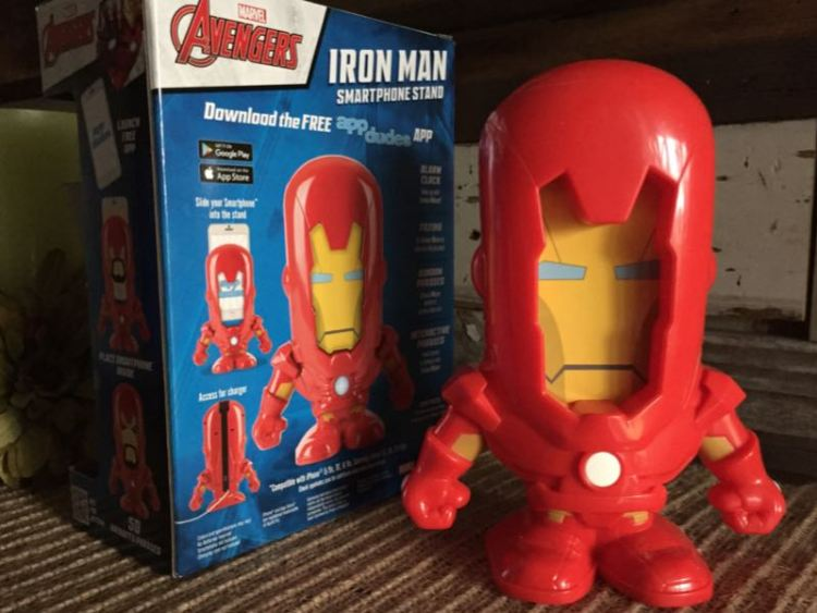 App Dudes Iron Man Smartphone Stand/Image by Author