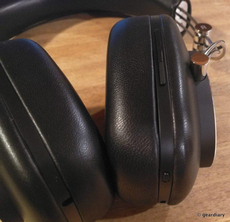 Bowers & Wilkins P7 Wireless Headphones: Swanky and Yet Practical