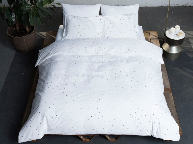 Brooklinen Classic Core Sheet Set for Valentine's Day: Thoughtful & Luxurious
