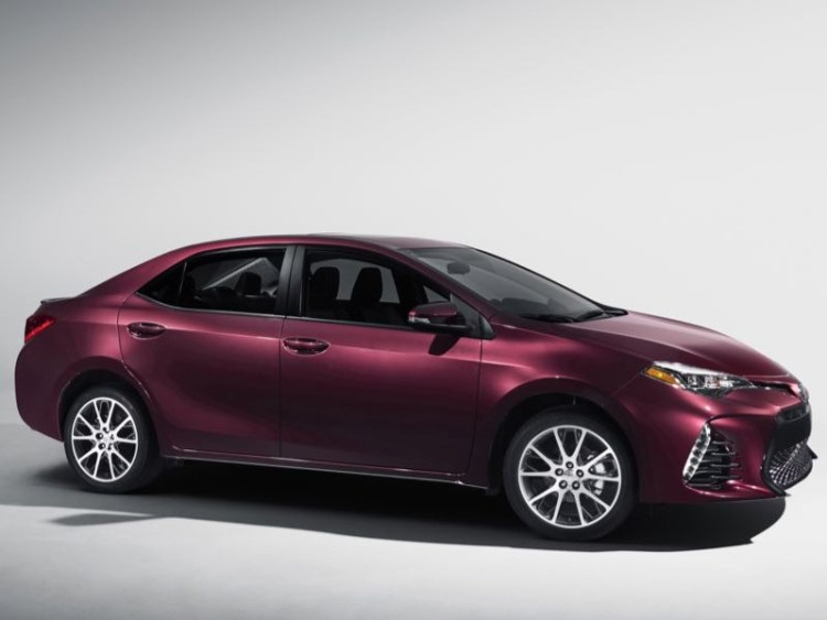 2017 Toyota Corolla Shows Model Looking Nifty at Fifty
