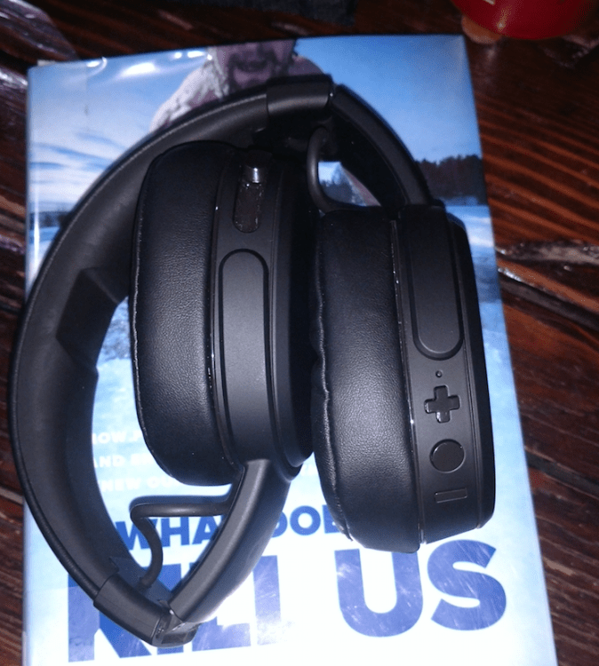 Skullcandy Crusher Wireless Headphones Are a Treat for Your Ears!