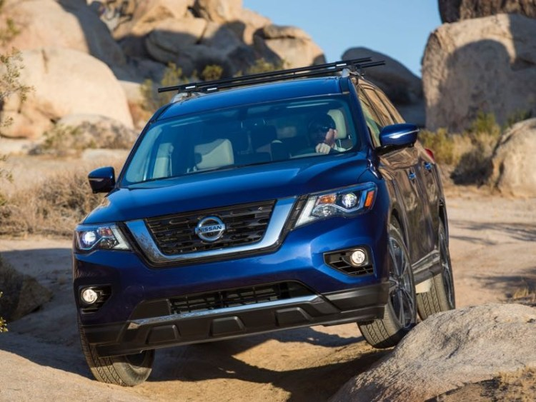 2017 Nissan Pathfinder: More Show and More Go