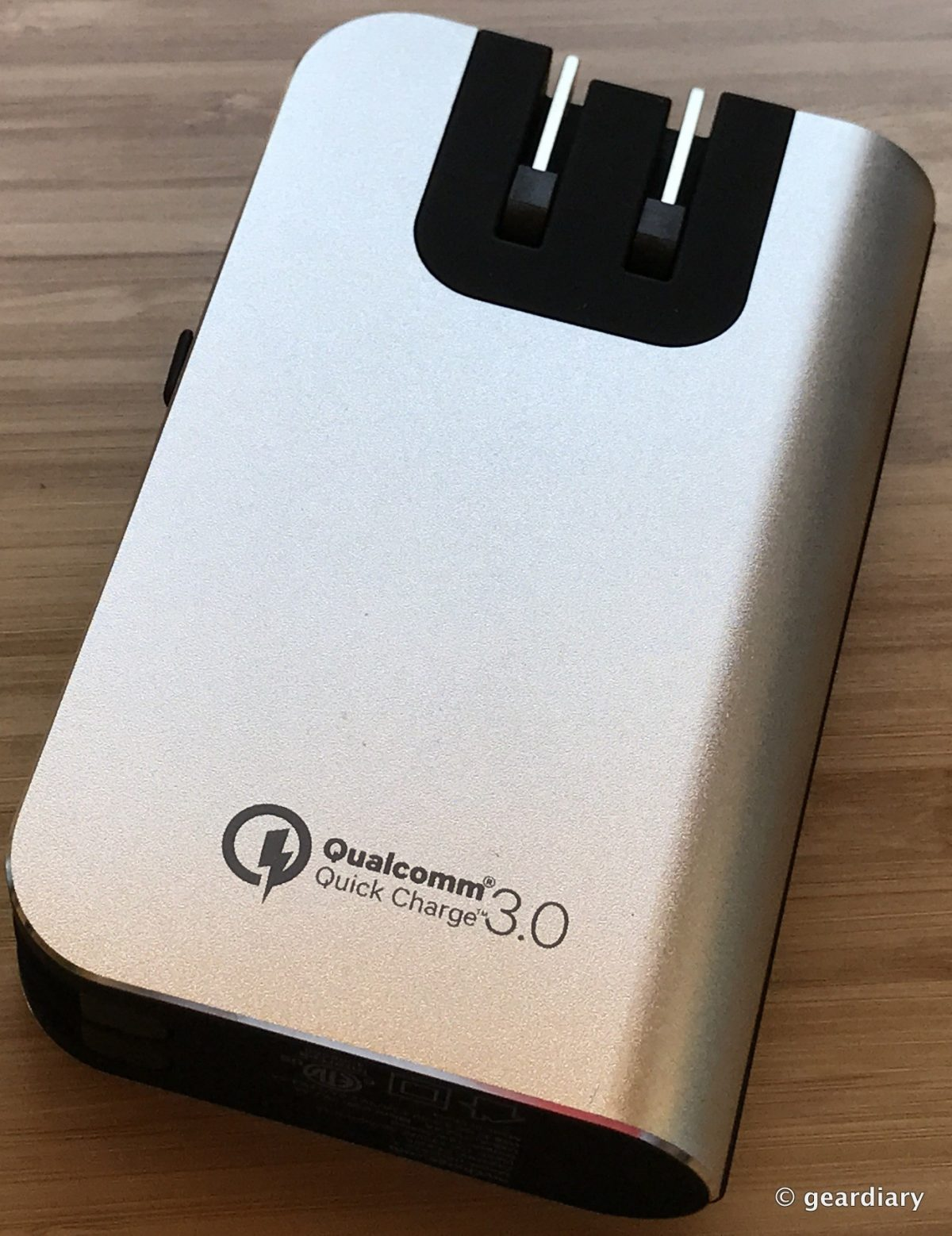 GearDiary MyCharge HubPlus C 6700mAh Portable Charger Review