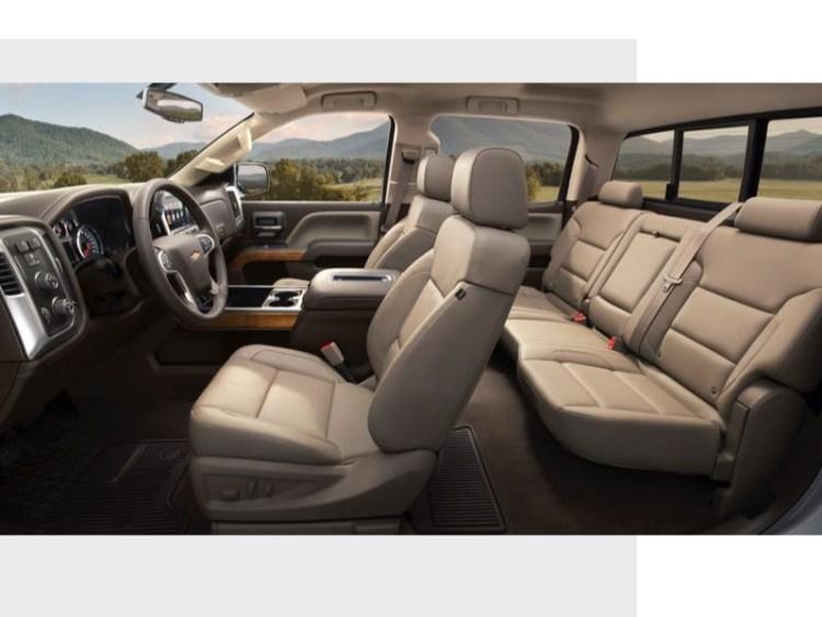 2017 Chevrolet Silverado 2500HD Gets Beefier, Bolder