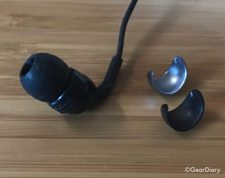 Scosche IDR300L Increased Dynamic Range Earbuds with Lightning Connector Headphones Are a Worthwhile Upgrade