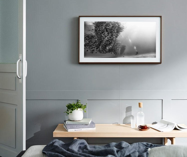 """The Frame, Samsung's Nearly Invisible TV, Is Now Available in a 43"""" Model"""