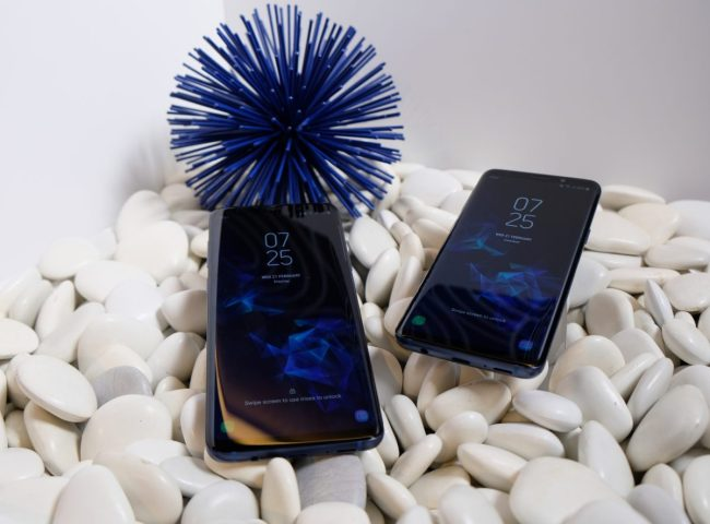 GearDiary InvisibleShield and Mophie Are Ready for the New Samsung Galaxy S9 and S9+