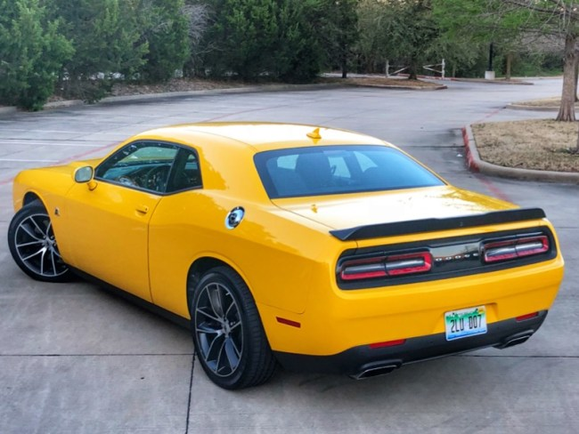 GearDiary 2018 Dodge Challenger R/T 392 Scat Pack Is More Modern Muscle