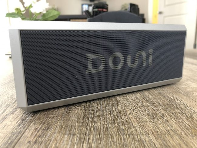 GearDiary The Douni A7 Bluetooth Speaker Brings the Boom to Any Room