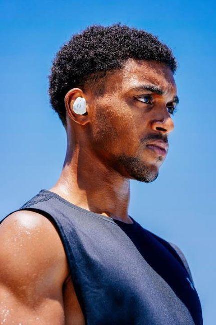 Phiaton Releases The BOLT BT 700 Wireless Earphones