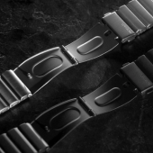 The Nomad Titanium Band Is a Classy Apple Watch Band with a Clasp