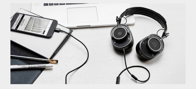 Master & Dynamic USB-C to 3.5mm Audio Cable Is a Great Accessory