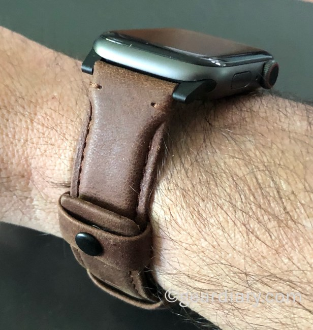UAG Offers New Bands for Apple Watch and They Are Great