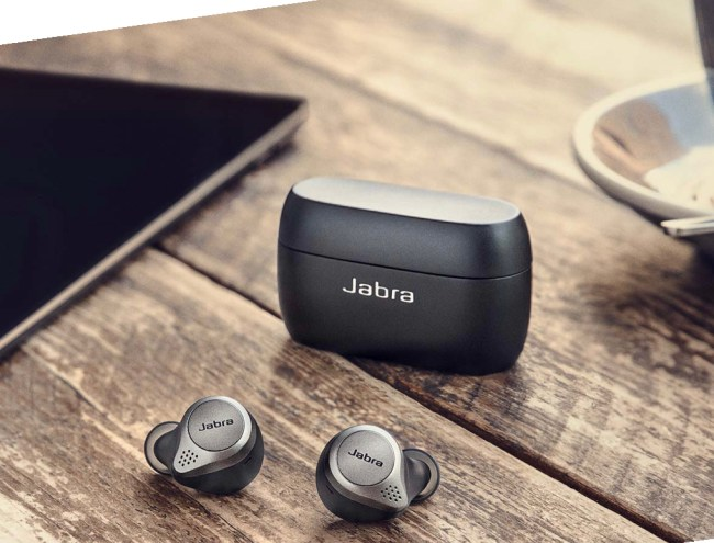 Jabra 75t True Wireless Earbuds Are the Current Champ of TWE