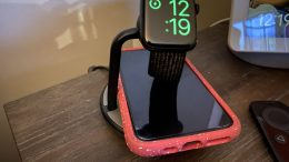 Kanex GoPower Watch Stand with Wireless Charging Base Is a Triple Threat Charging Sensation