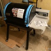 Weber SmokeFire Is a Pellet Grill That Can Do It All(most)