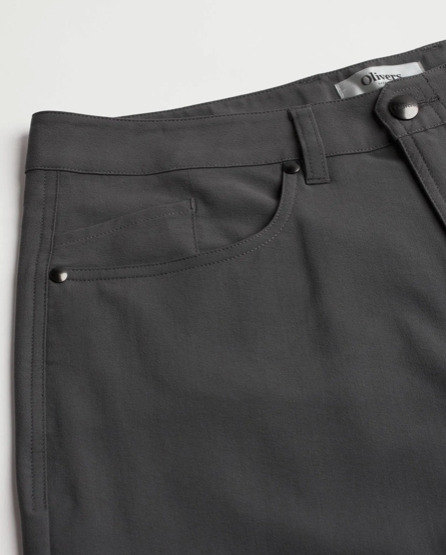 Front of the Olivers Apparel Passage Pant